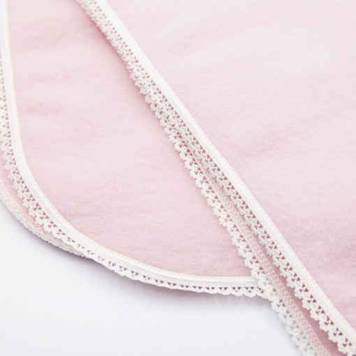 Blanket pink lace detail