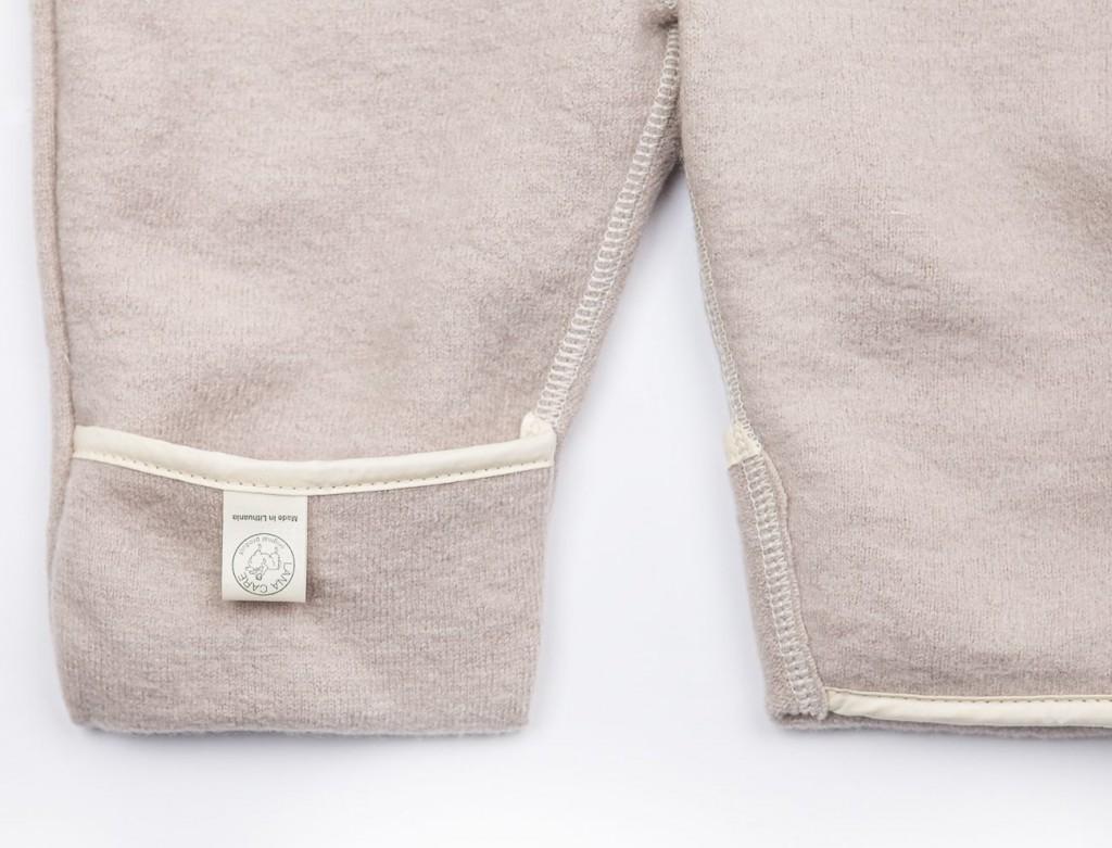 Babysuit detail foot